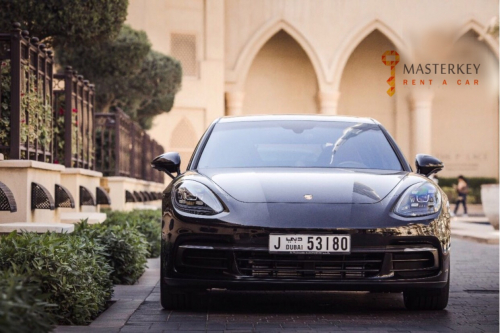 Porsche Panamera GTS - 2017 3