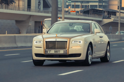 Rent Rolls Royce Ghost 1