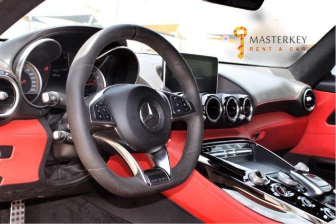 Mercedes AMG GTS 4